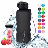 """720°DGREE Trinkflasche """"uberBottle"""" – 1,5 Liter, 1500ml, Schwarz - Neuartige Tritan Wasser-Flasche - Water Bottle BPA Frei - Ideale Sportflasche für Kinder, Fitness, Fahrrad, Sport, Fussball - 1"""